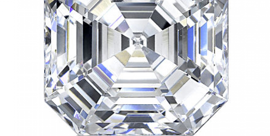 Asscher_Cut_Diamonds_in_Dallas_Texas_with_Shira_Diamonds_Dallas_o4u5-9i